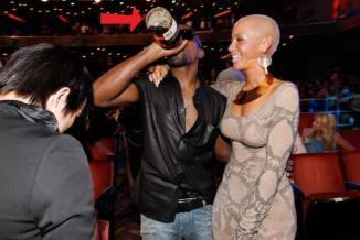Kanye Swigging Hennessy03