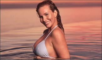 Hot Wet Bikini Pic
