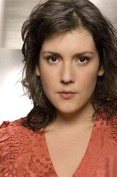 Melanie Lynskey has some serious rack. She made herself first known to the ...