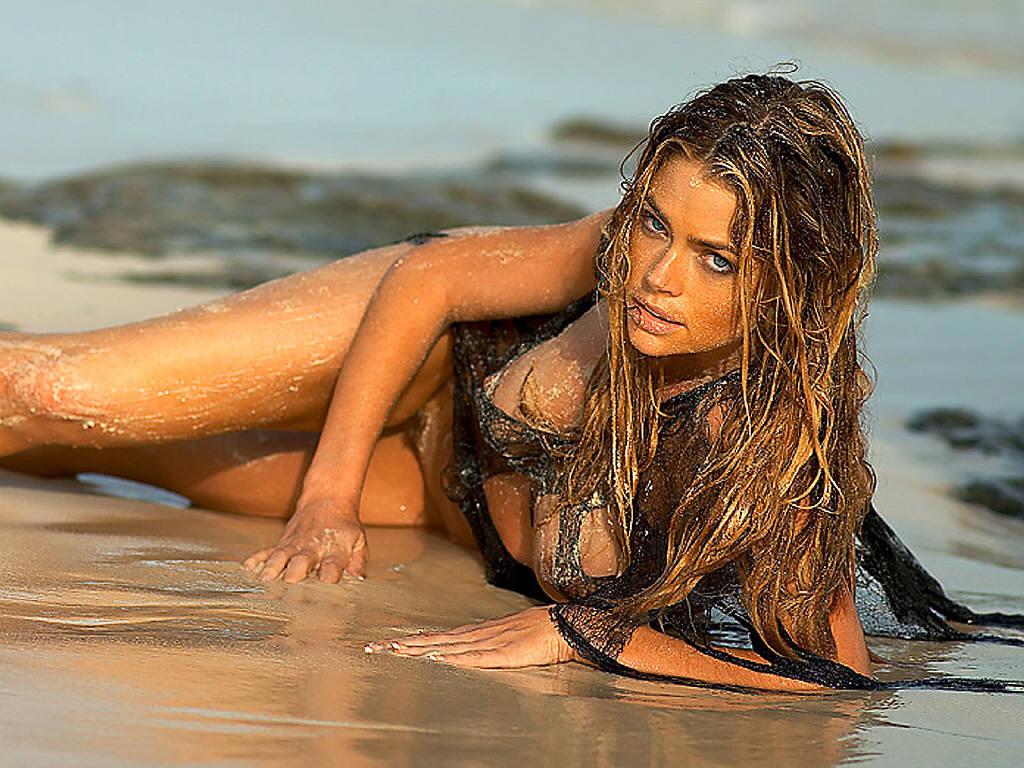 Denise Richards hot ? The Bar None ? High & Dry