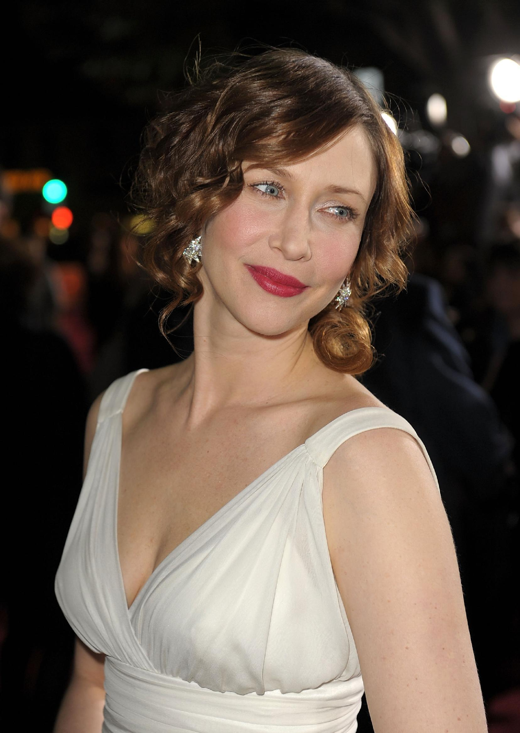 Bikini Sideboobs Vera Farmiga  naked (54 photo), Twitter, bra