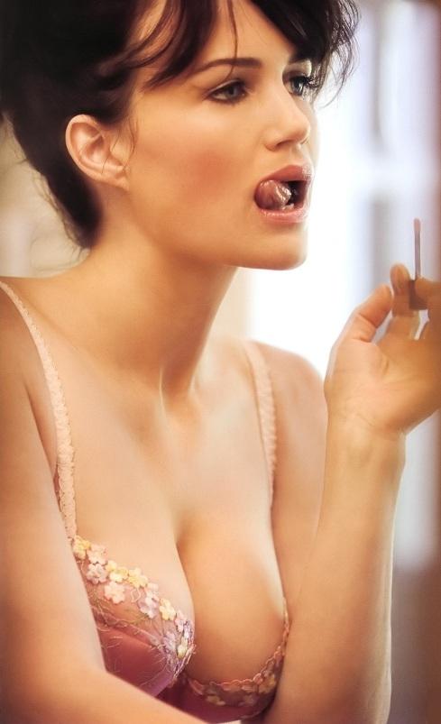 Carla Gugino Nude