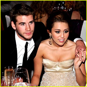 Liam Hemsworth & Miley Cyrus in the Bar None