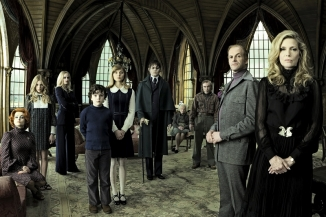 Dark Shadows cast