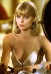 Michelle Pfeiffer 02 downblouse