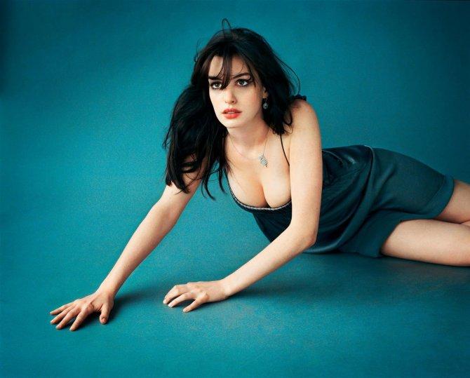 Anne Hathaway 04