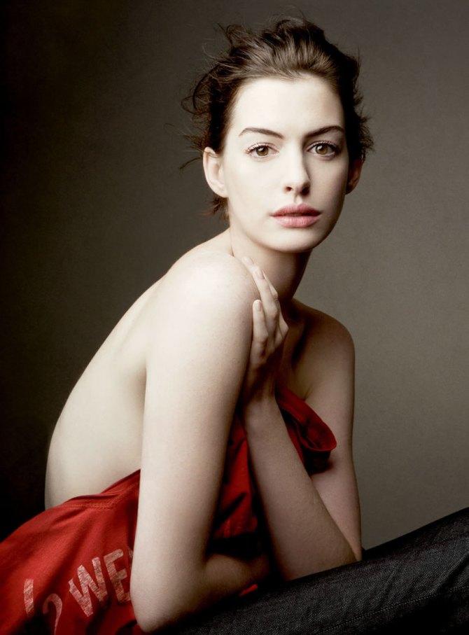 Anne Hathaway 07