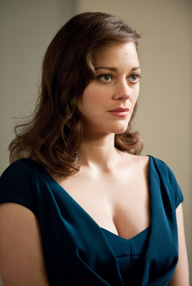 Dark Knight Rises 08 still movie review marion cotillard