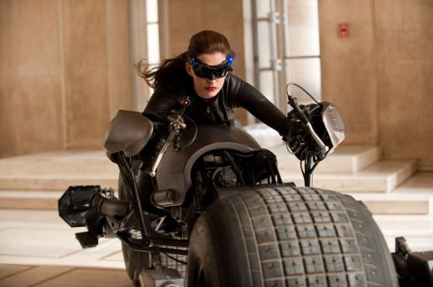Dark Knight Rises 10 still movie review Anne Hathaway