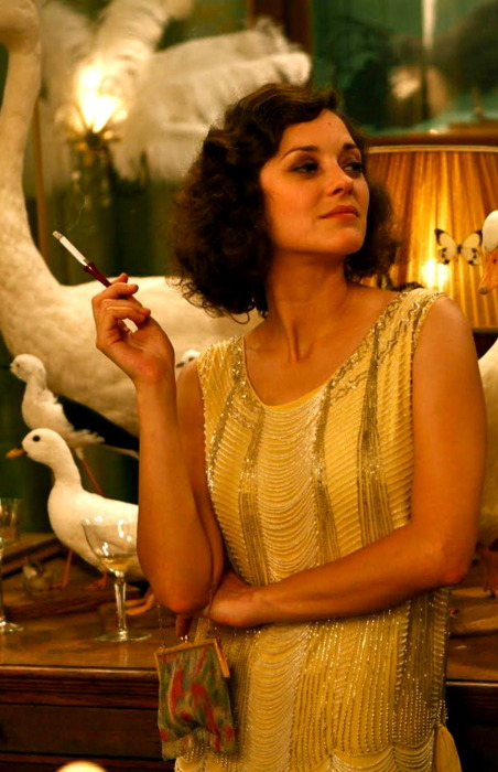 Marion Cotillard 09 in the Bar None