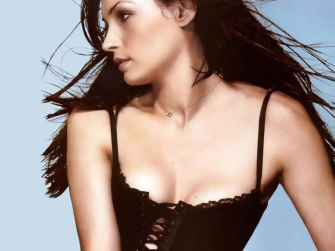 Famke Janssen 05 Bar None Booze Revooze