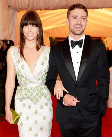 Jessica Biel & Justin Timberlake - Lovers Bar None 10 celebrity Halloween Costumes