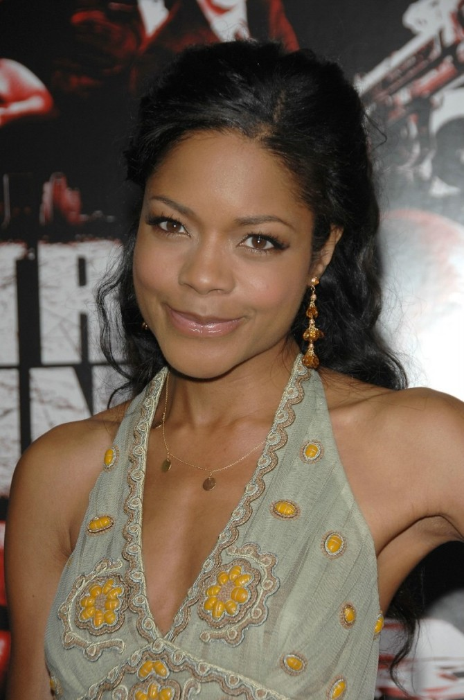 Naomie Harris 05 Bar None Booze Revooze