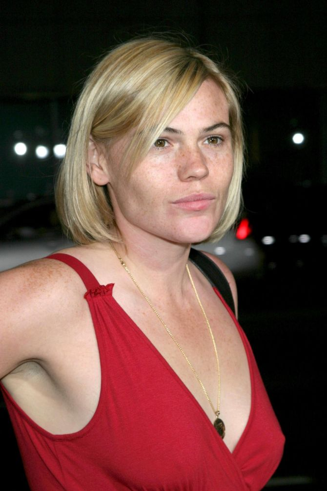 Clea DuVall 03 Bar None Booze Revooze Movie Review Argo