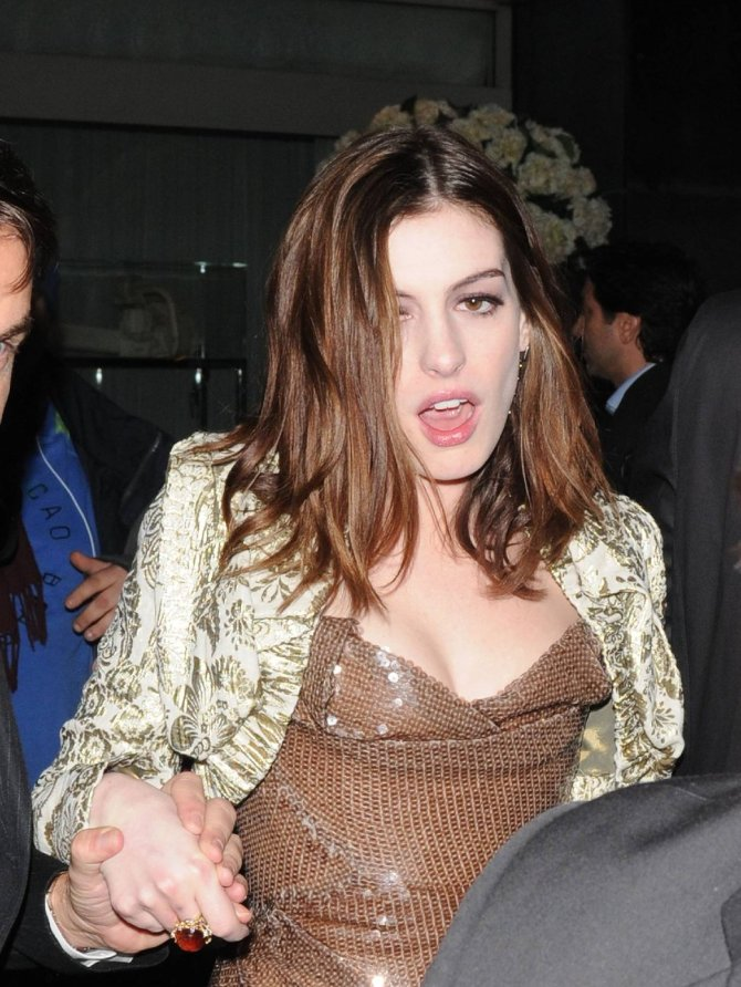 Anne Hathaway 09 after the Bar None bar none booze revooze