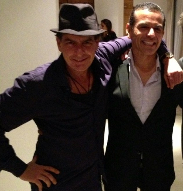 Charlie Sheen & Antonio Villaraigosa 02 in the Bar None bar none dregs