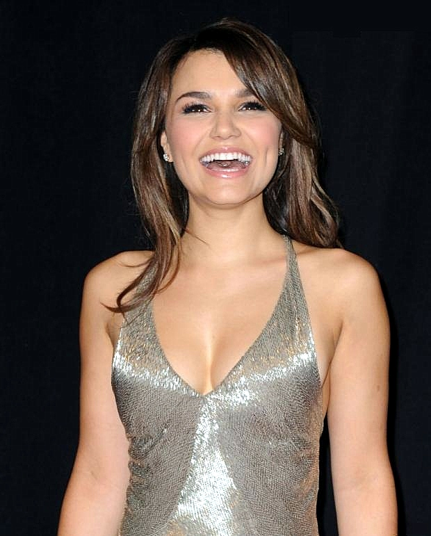 Samantha Barks 03 bar none booze revooze