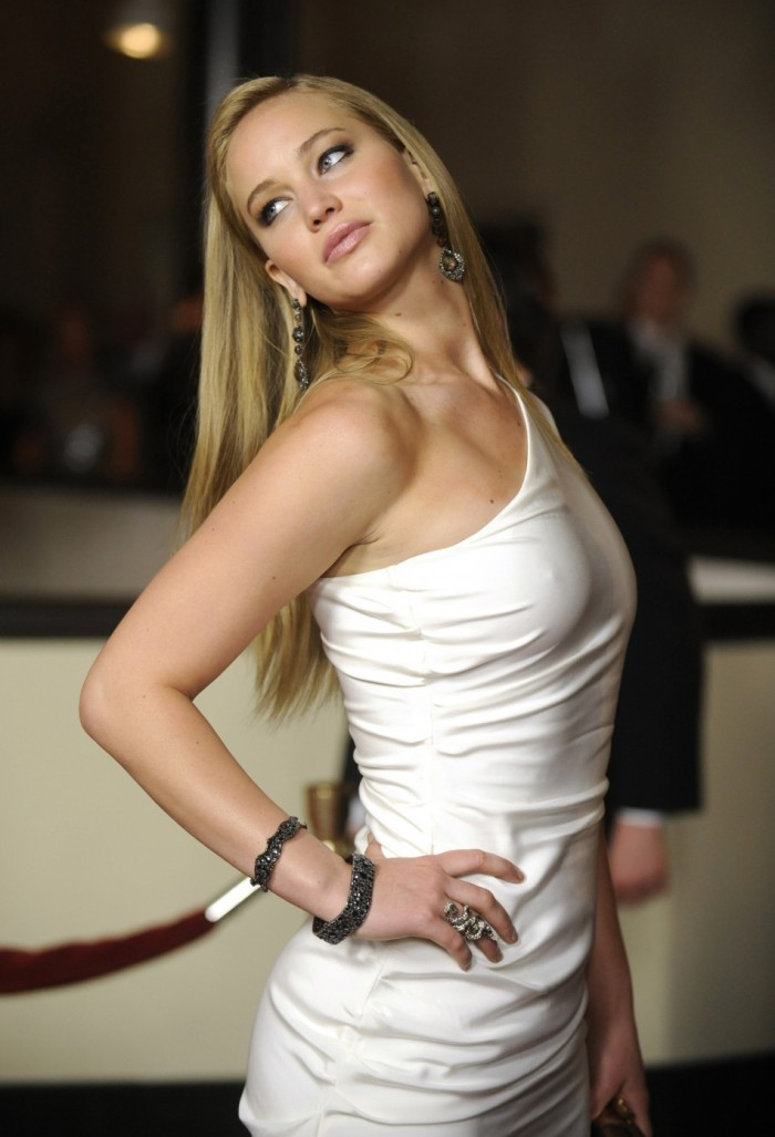 Jennifer Lawrence 06 Bar None Booze Revooze nipple