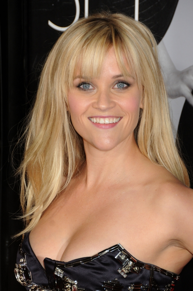 Reese Witherspoon 03 Bar None Booze Revooze