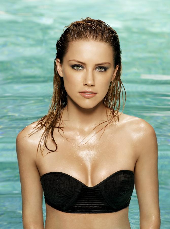 Amber Heard 02 Machete Kills (AlKHall Bar None Booze Revooze)
