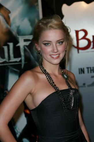 Amber Heard 03 Machete Kills (AlKHall Bar None Booze Revooze)
