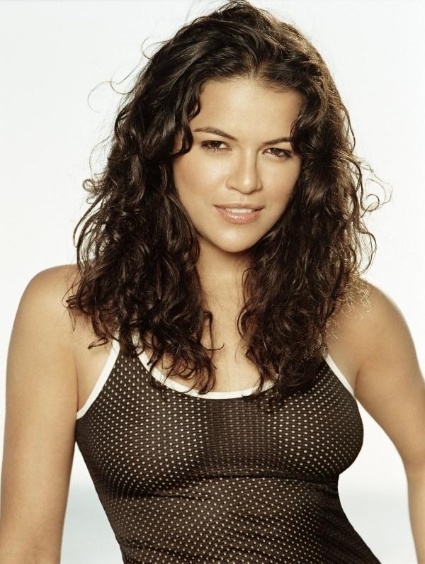 Michelle Rodriguez 06 Machete Kills (AlKHall Bar None Booze Revooze)