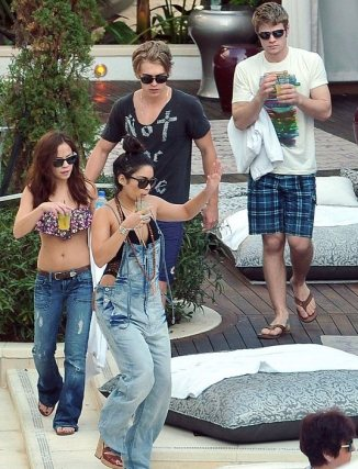 Vanessa Hudgens 08 in the Bar None Machete Kills (AlKHall Bar None  Booze Revooze)