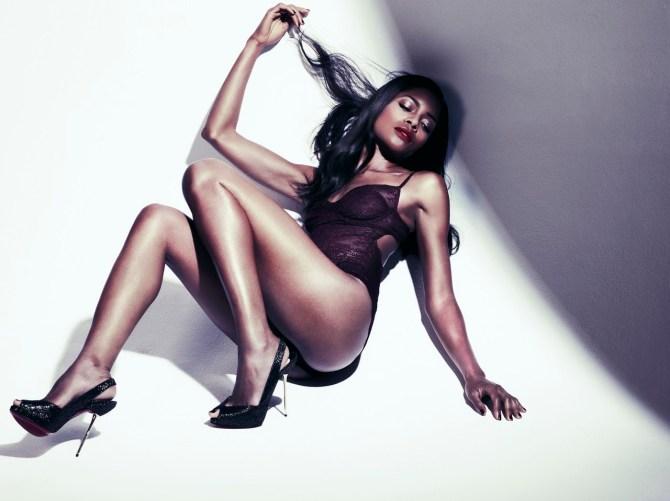 Naomie Harris 03 (AlKHall Booze Revooze Mandela)