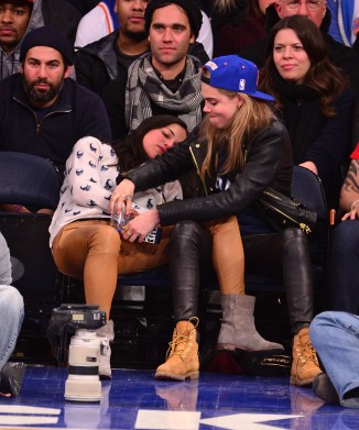 Michelle Rodriguez Cara Delevingne 05 (AlKHall Bar None)