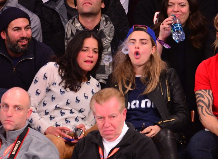 Michelle Rodriguez Cara Delevingne 06 (AlKHall Bar None)