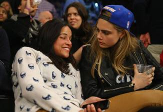 Michelle Rodriguez Cara Delevingne 07 (AlKHall Bar None)
