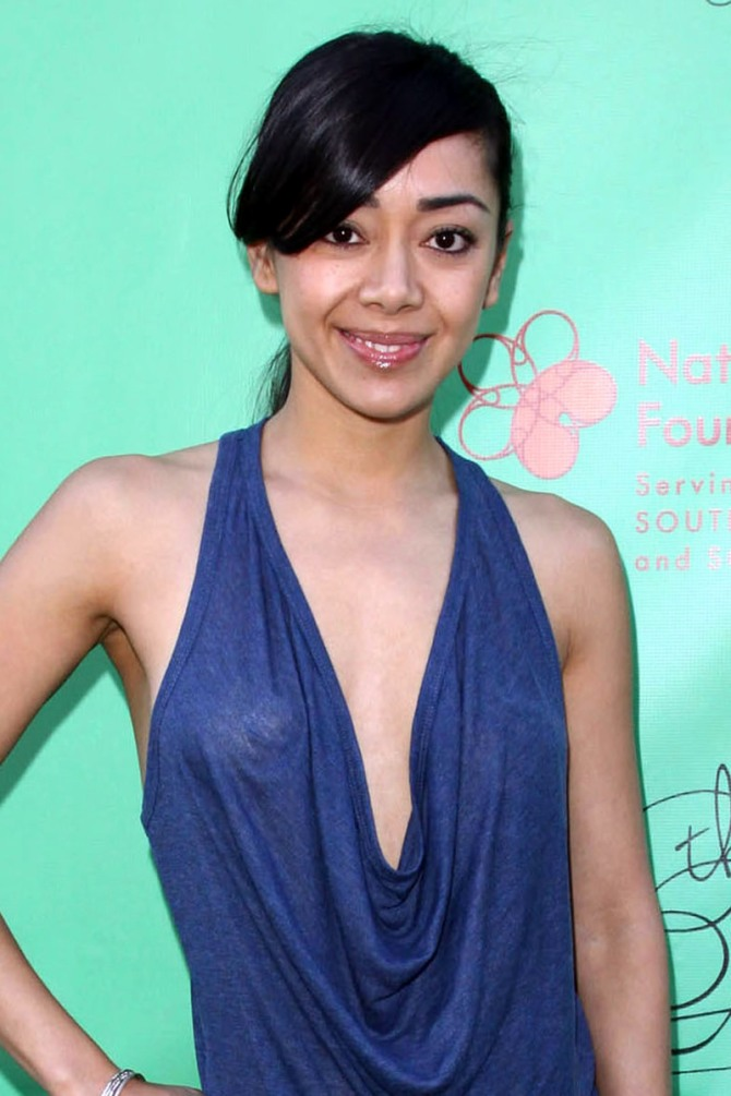 Aimee Garcia 02 see through (Bar None Booze Revooze AlKHall)