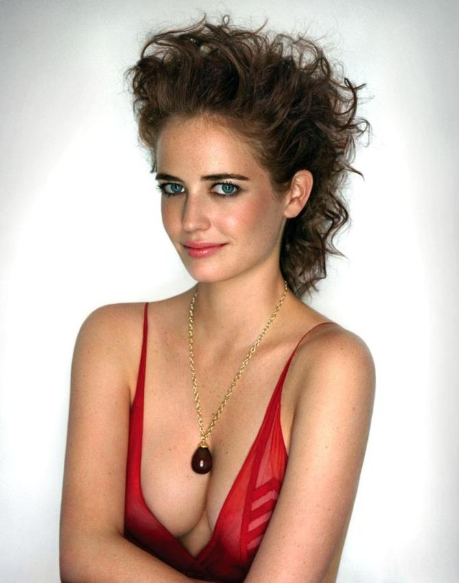 Eva Green 03 (AlKHall Bar None Booze Revooze)