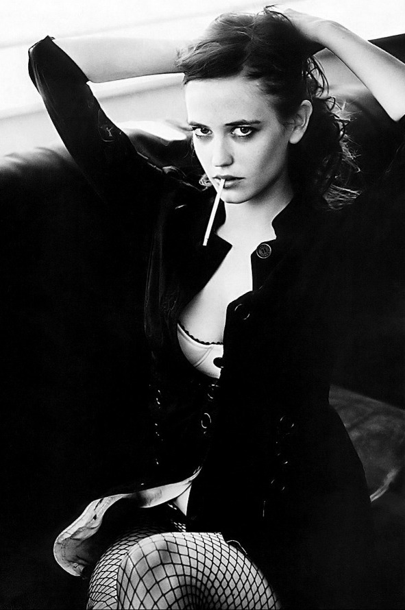 Eva Green 05 (AlKHall Bar None Booze Revooze)