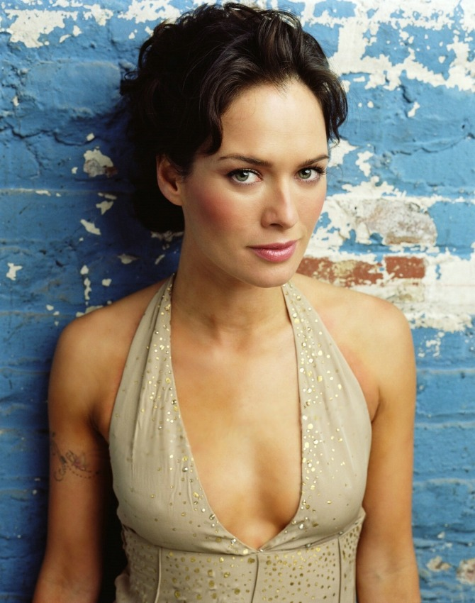 Lena Headey 05 (AlKHall Booze Revooze Bar None)