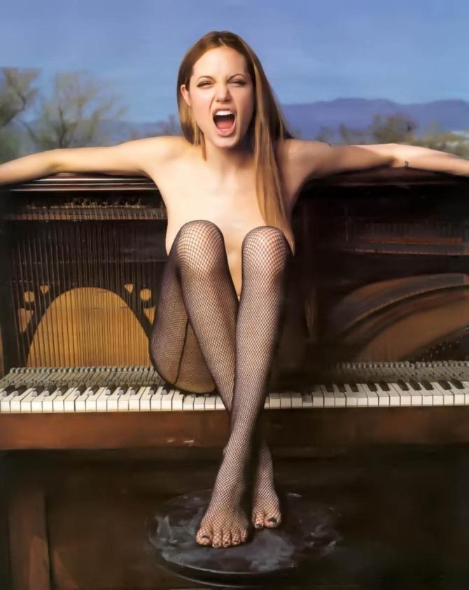 Angelina Jolie 02 (AlKHall Bar None Booze Revooze)