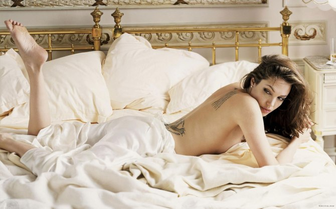 Angelina Jolie 06 (AlKHall Bar None Booze Revooze)