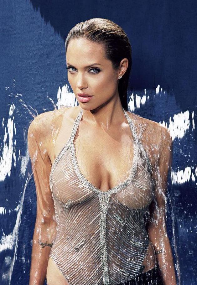 Angelina Jolie 07 (AlKHall Bar None Booze Revooze)