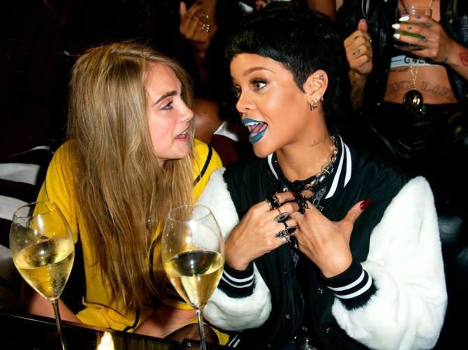 Cara Delevingne 08 in the Bar None with Rihanna (AlKHall Bar None)