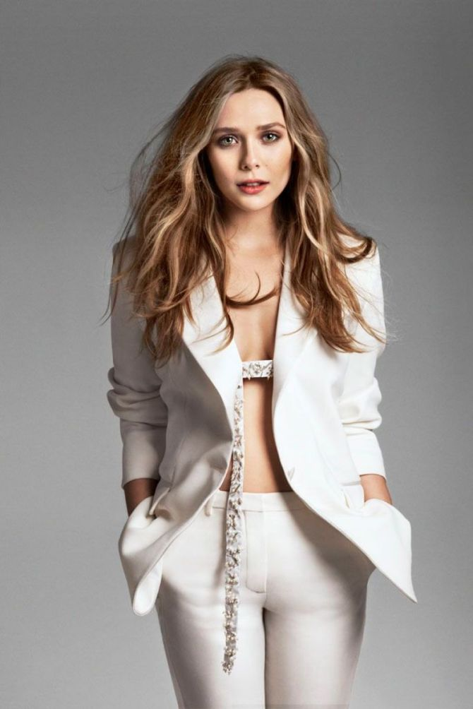 Elizabeth Olsen 04 (AlKHall Bar None)
