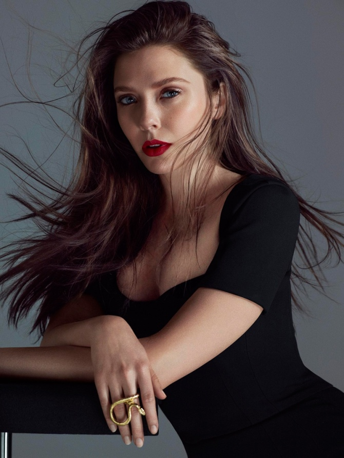 Elizabeth Olsen 05 (AlKHall Bar None)
