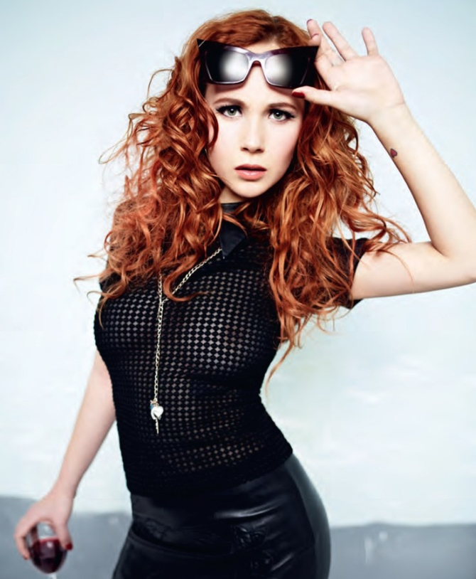Juno Temple 01 see through in the Bar None (AlKHall Bar None Booze Revooze)