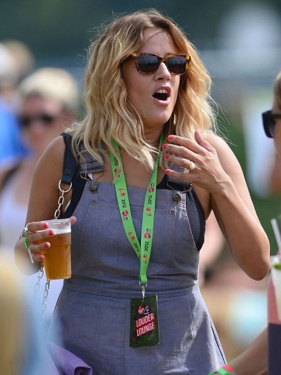 Caroline Flack 00 in the Bar None (AlKHall Bar None Dregs)