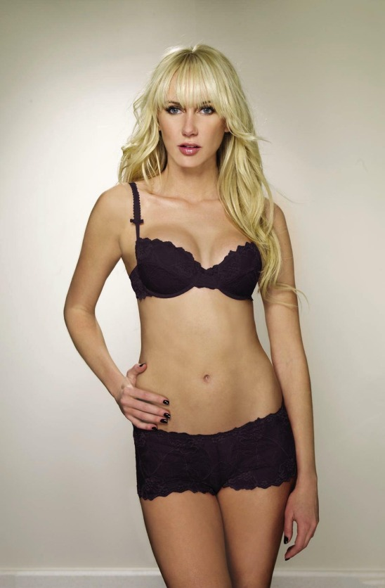 Kimberly Stewart 00 (AlKHall Bar None Dregs)