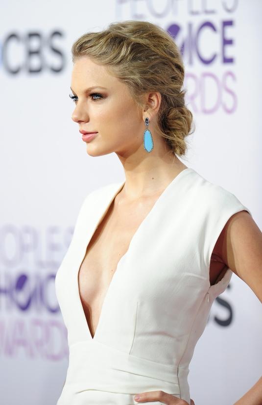 Taylor Swift 02 (AlKHall Bar None Dregs)