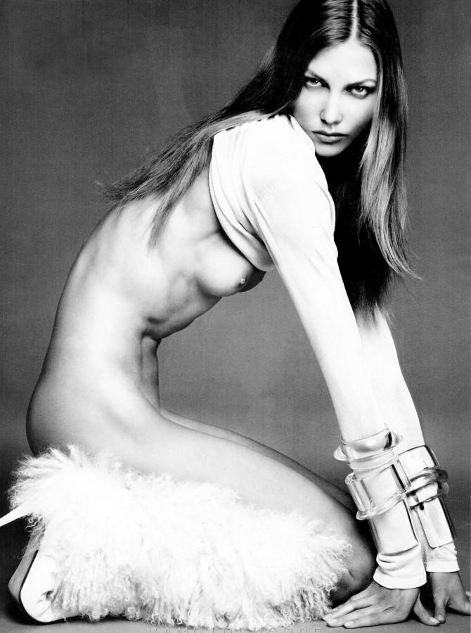 Karlie Kloss 03 side boob (AlKHall Bar None Dregs)