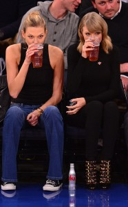 Taylor Swift & Karlie Kloss in the Bar None (AlKHall Bar None Dregs)