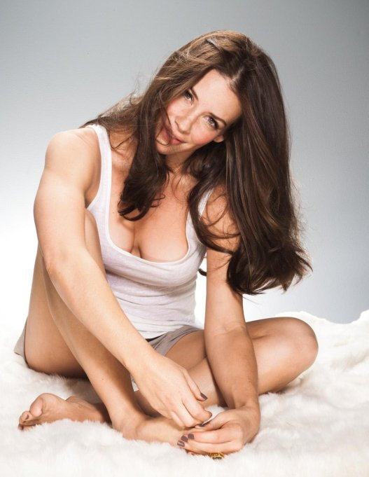 Evangeline Lilly 01 (AlKHall Bar None Booze Revooze)