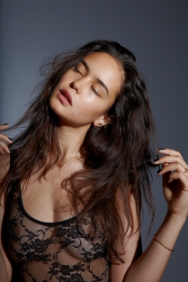 Courtney Eaton 01 see through (Bar None Booze Revooze AlKHall)