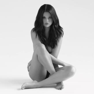 2016-09-29 Selena Gomez 00